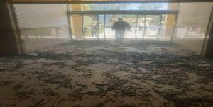 حمله معترضین به ساختمان فرمانداری سراوان سیستان و بلوچستان