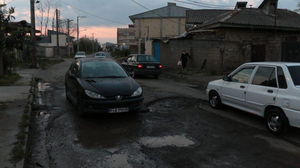 photo 2021 04 01 17 45 42 1024x574 - گزارش میدانی از وضعیت آسفالت و فاضلاب محله فخب رشت